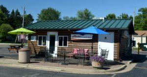Moosie's Ice Cream Parlor exterior photo. Medford Wi