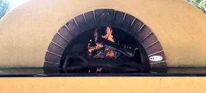 Moosie's Pizza Oven